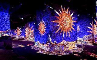 法国沉浸式展览以光影打造高第作品