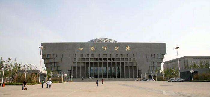 山东博物馆对馆藏明代服饰启动数字化保护