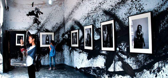 平遥国际摄影大展启动 特设抗疫主题图片展