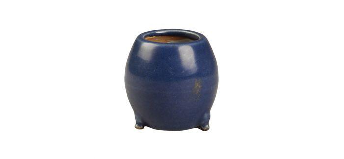 高贵典雅的明代蓝釉小瓶与鼓形炉