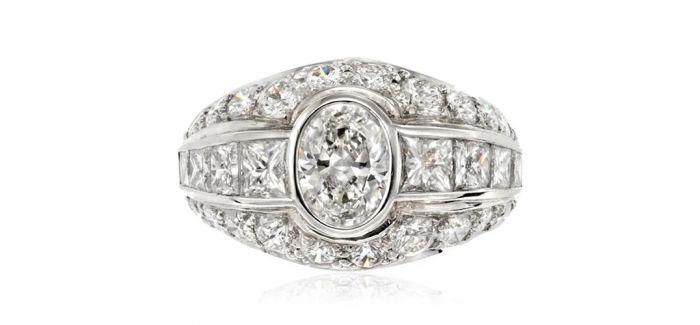 拍场上的订婚戒指
