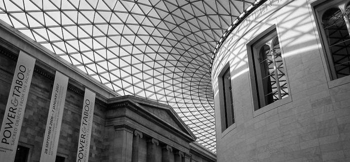 大英博物馆创始藏家半身像被移走
