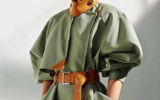 风衣:初秋的一份体面与温暖