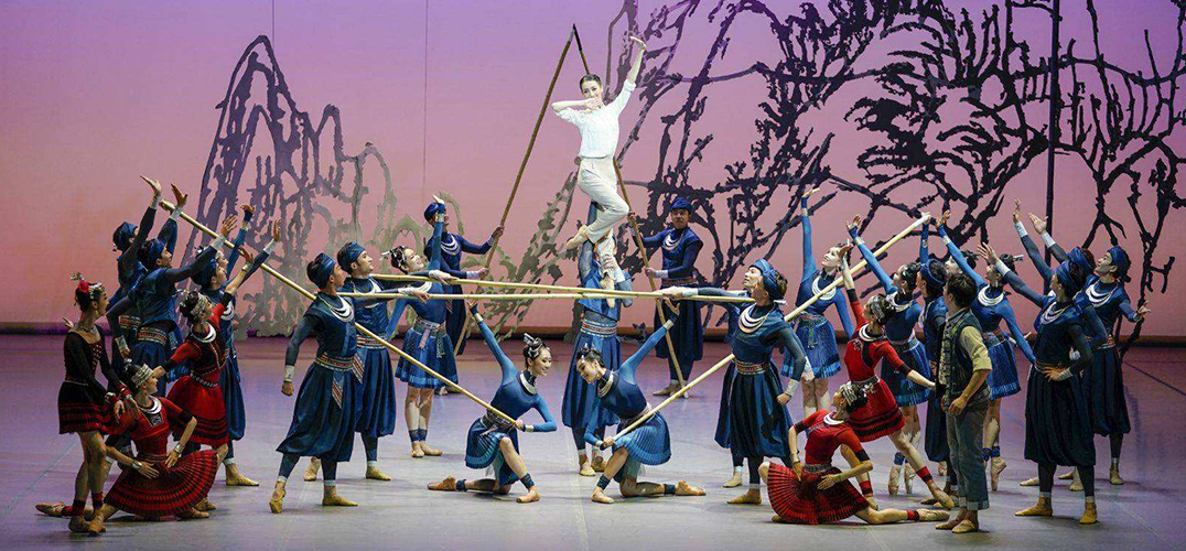 国家大剧院歌剧院首演芭蕾舞剧《花一样开放》