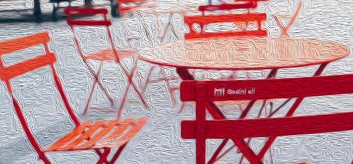 疫情下 被椅子安抚的公共空间