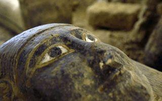 2500年前的埃及石棺 色彩依旧