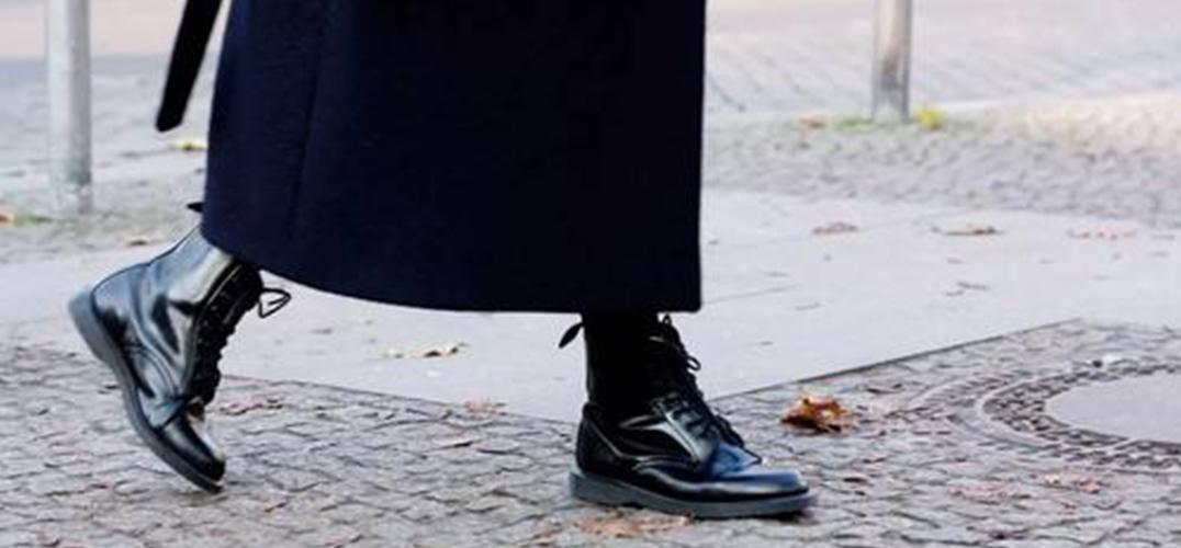马丁靴:酷女孩的出街利器