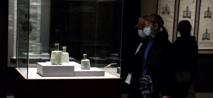 收藏家容庚捐赠展亮相中国美术馆