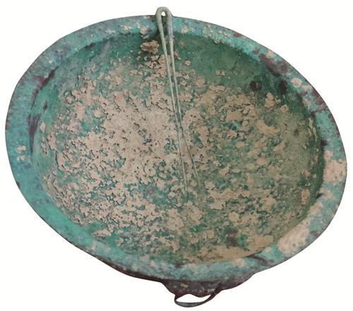 图2 青铜器
