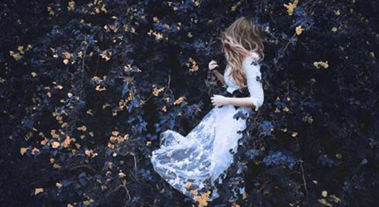 花儿与少女