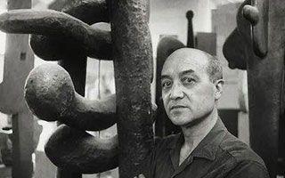 野口勇成为首位进入白宫收藏的亚裔美国艺术家