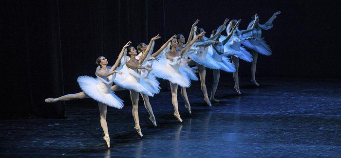 中芭新春演出季大幕开启 《过年》接棒《舞姬》