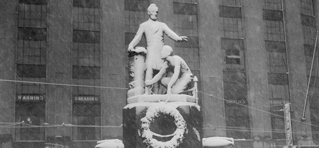 波士顿公园广场移除争议雕塑