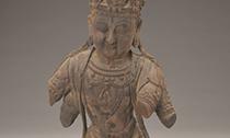 木雕断四臂菩萨造像的残缺美