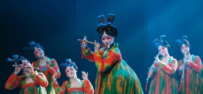 传统文化的舞台表达