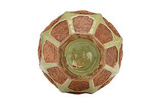 造型奇妙的元龙泉窑青釉露胎贴花八仙梅瓶