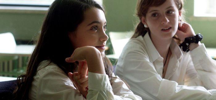 长片处女作《女学生》收获西班牙戈雅奖四项大奖