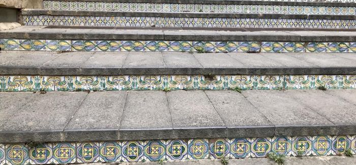 卡尔塔吉龙城台阶的故事
