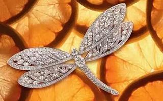 为何钻石这么贵?