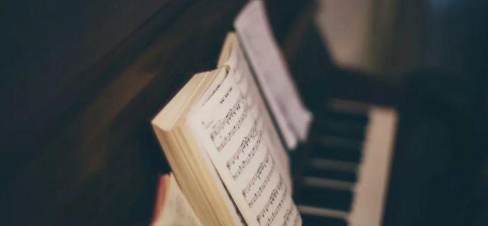 在路上 国内音乐考级须增强自身竞争力