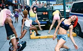 巴塞尔艺术展惊现「广场舞人传人」现 象
